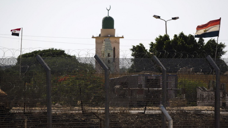 النائب العام المصري يحدد مصير الأحزاب الإسلامية