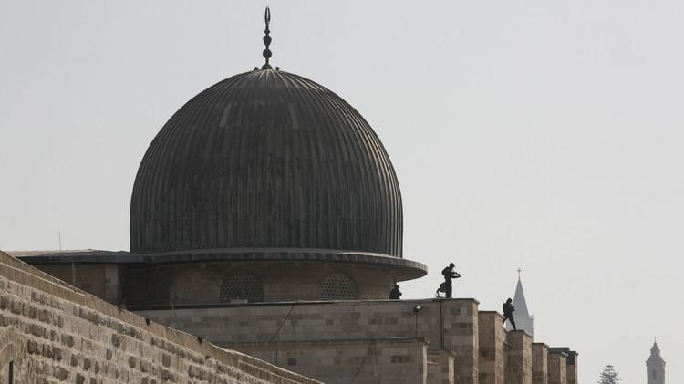 نصرة للأقصى.. فلسطينيون يشتبكون مع الجيش الإسرائيلي ومجلس الأمن قلق