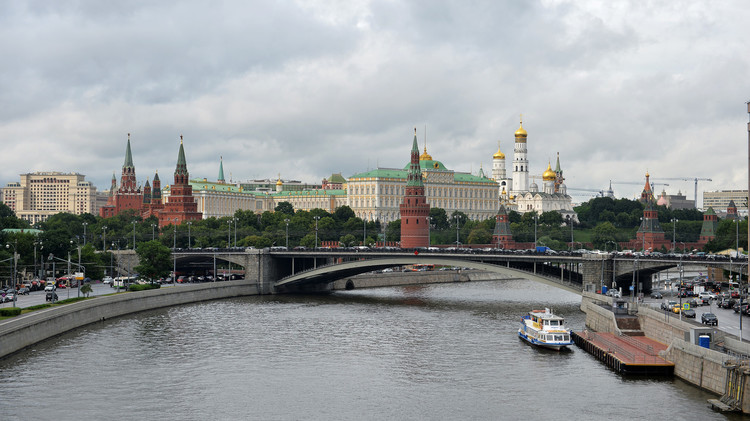 الكرملين: إن طلبت دمشق قوات روسية فسندرس الأمر