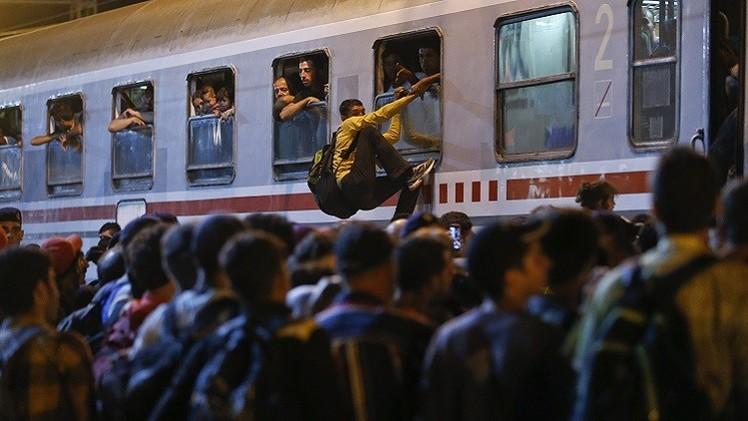 هنغاريا وكرواتيا تتصارعان في ركل اللاجئين