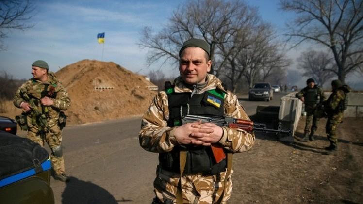 قوات كييف تقصف  دونباس للمرة الأولى منذ أسبوعين بالمدفعية الثقيلة