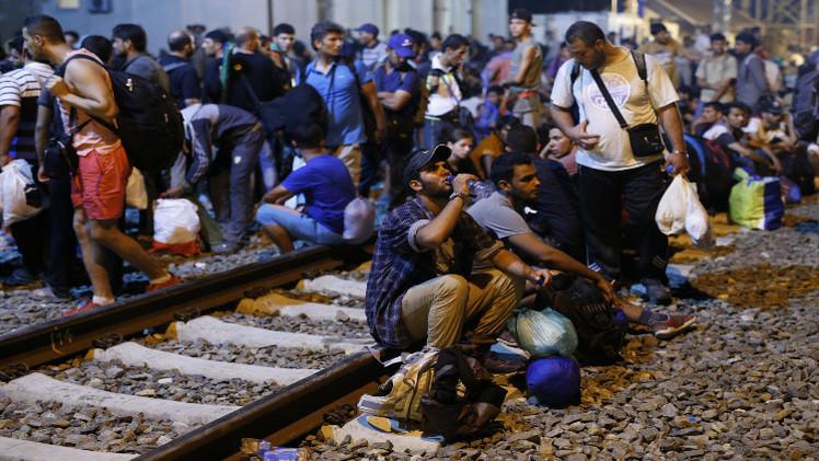 أوروبا تكشف عن خطط لتشجيع المهاجرين السوريين على البقاء في دول الجوار
