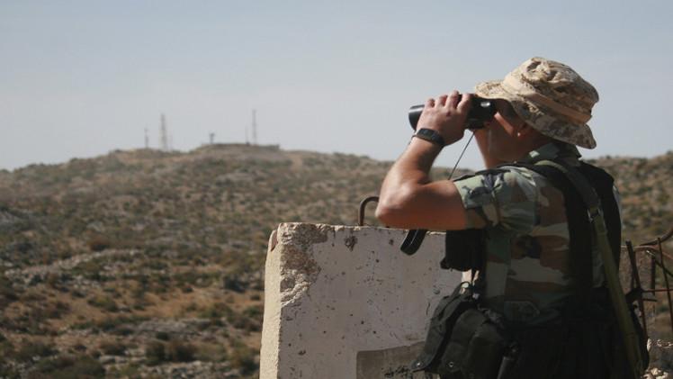 الجيش اللبناني يقصف جرود عرسال ويدمر مركزا لـ