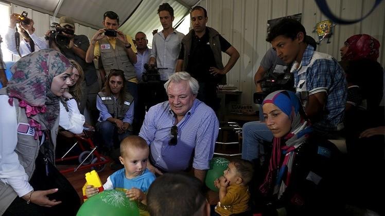 مسؤول أممي يؤكد ضرورة بقاء اللاجئين السوريين على مقربة من بلدهم