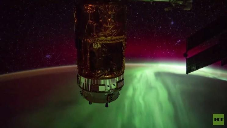 لقطات مذهلة من المحطة الفضائية الدولية لأضواء الشفق القطبي للأرض