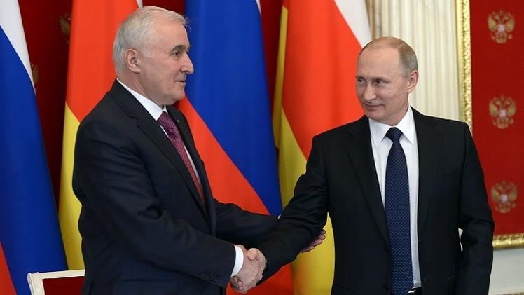 بوتين: سنواصل مساعدة أوسيتيا الجنوبية في ضمان أمنها القومي