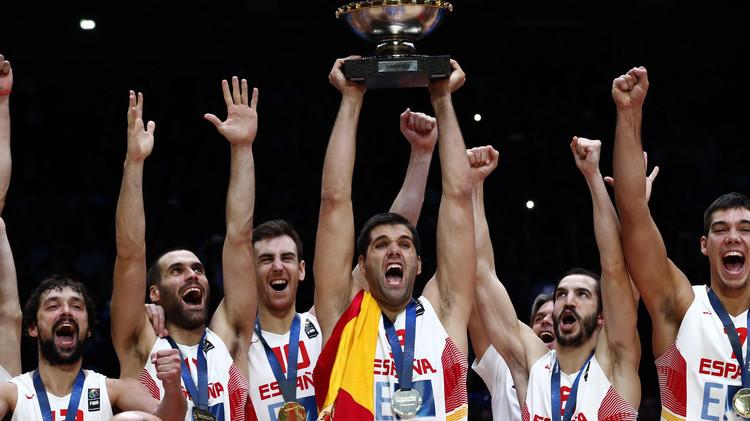 إسبانيا تتوج ببطولة أوروبا لكرة السلة للمرة الثالثة