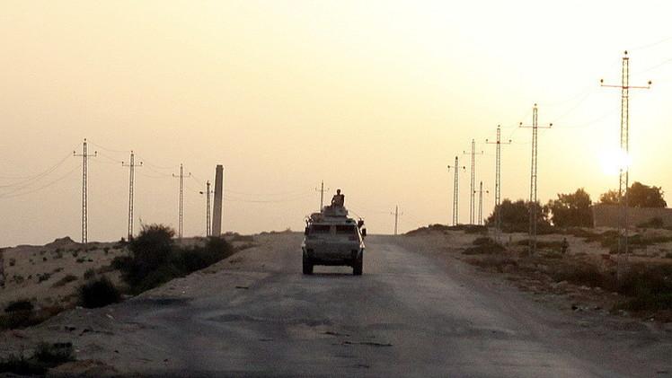 مصر.. مقتل 5 مسلحين في سيناء.. والجيش  يبدأ ضخ المياه لتدمير الأنفاق