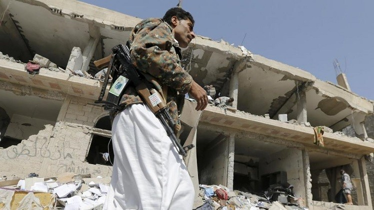حكومة اليمن تهدد بمقاضاة الحوثيين دوليا
