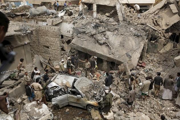 اليمن.. مقتل أكثر من 50 مدنيا ومسلحا حوثيا في غارات للتحالف