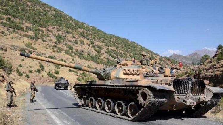 أنباء عن ارتفاع حصيلة تفجيري السبت في أنقرة إلى 128 قتيلا