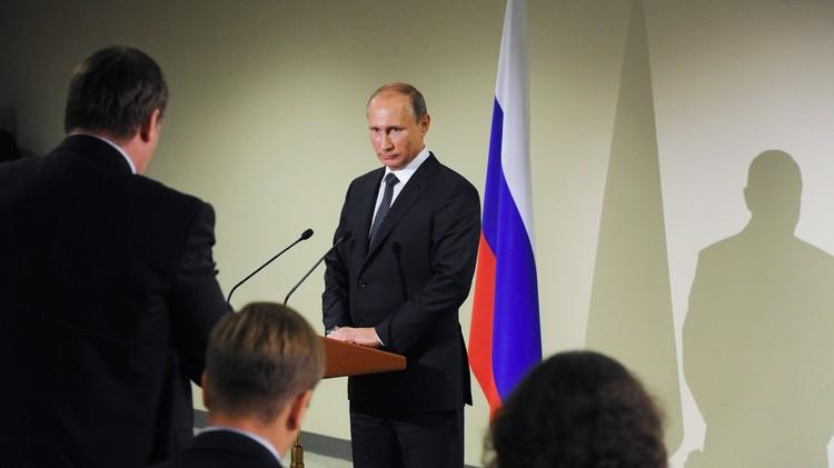 لقاء بوتين أوباما.. كواليس طريفة واهتمام إعلامي ضخم