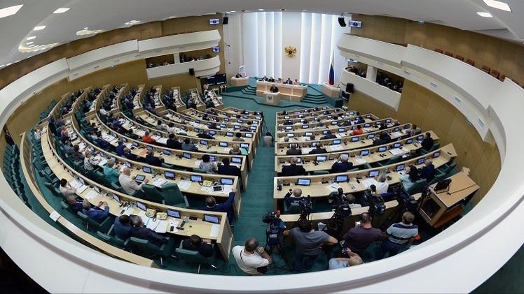 مجلس الاتحاد الروسي يوافق على طلب بوتين استخدام القوات الجوية في سوريا