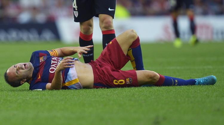 برشلونة من دون إنييستا المصاب بتمزق عضلي