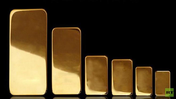 الذهب ينخفض مسجلا خامس هبوط فصلي
