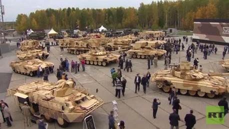 معرض للسلاح والمعدات العسكرية في روسيا