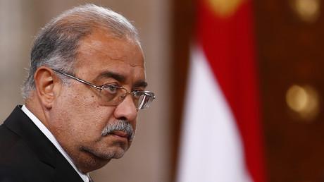 شريف إسماعيل وزير البترول والثروة المعدنية في الحكومة المستقيلة