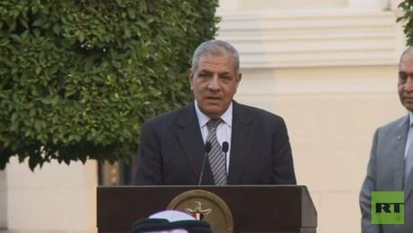إبراهيم محلب يقدم استقالة حكومته