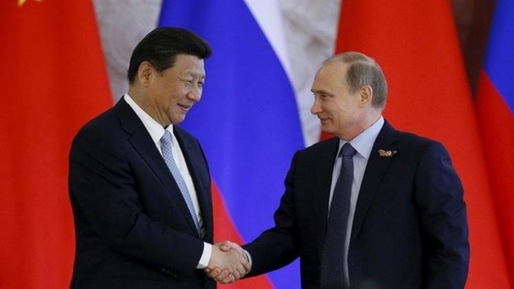 بوتين يهنئ الصين بالذكرى الـ66 لتأسيسها