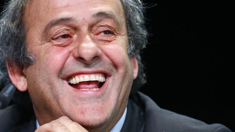 الاتحاد الإنجليزي لكرة القدم يدعم بلاتيني