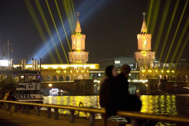 ألمانيا تحيي الذكرى الـ25 لإعلان الوحدة بين شطريها (فيديو)