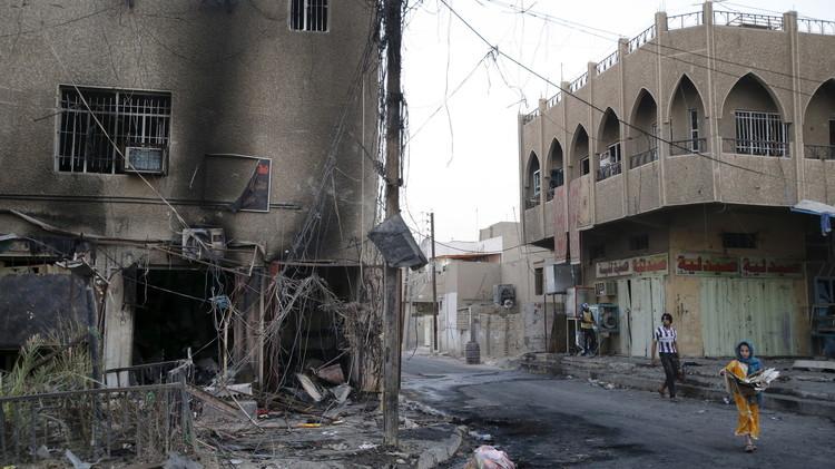 مقتل 24 شخصا بتفجيرات انتحارية في بغداد.. والقوات العراقية على بعد 3 كلم من الرمادي