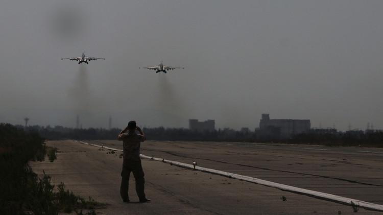 25 غارة روسية على مواقع إرهابيين في سوريا وتدمير 30 آلية لـ