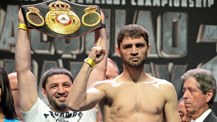 الملاكم الروسي حبيب ألاخفردييف يخفق في استعادة لقبه (فيديو)