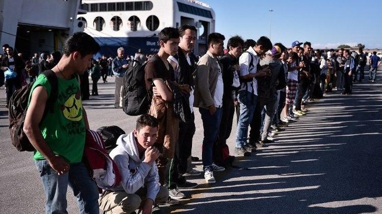 الاتحاد الاوروبي يبدأ بنقل اللاجئين من إيطاليا إلى السويد