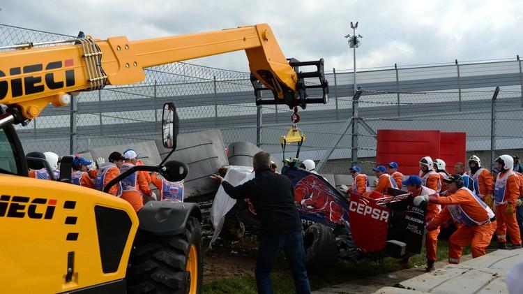 حادث اصطدام خطير في حلبة سوتشي للفورمولا 1 (صور)