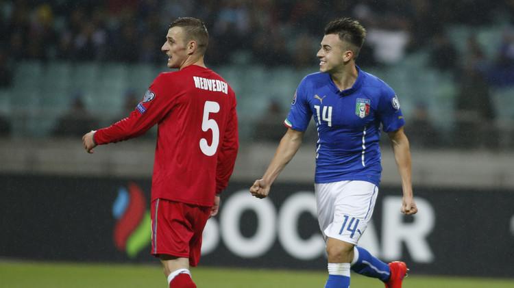 إيطاليا تحجز بطاقة العبور إلى