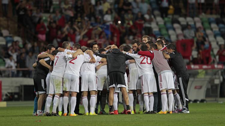 ألبانيا تدخل التاريخ بتأهلها لأول مرة لنهائيات كأس أمم أوروبا