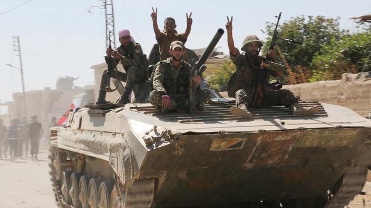 مراسلنا: الجيش السوري يسيطر على بلدة المنصورة في ريف حماة بمساندة الطيران الحربي الروسي