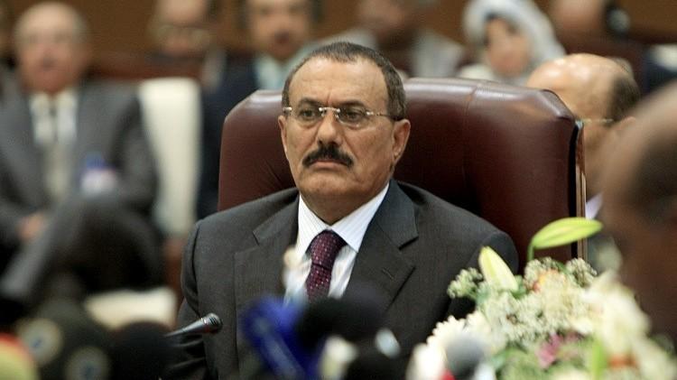 اليمن.. حزب المؤتمر الشعبي يعزل صالح ويحيله للرقابة التنظيمية