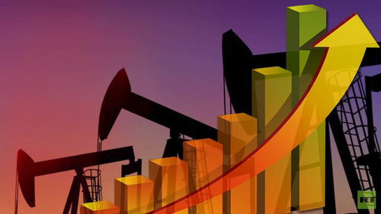 النفط يرتفع معوضا بعض خسائره