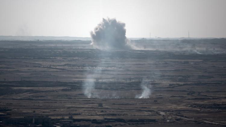 إسرائيل تضرب القنيطرة ردا على سقوط صواريخ في الجولان المحتل