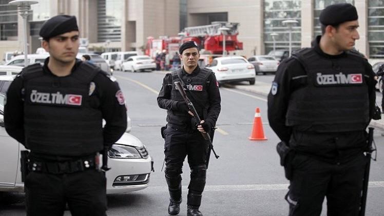 تركيا تقيل 3 مسؤولين كبار في جهاز الشرطة بعد 4 أيام من اعتداء أنقرة