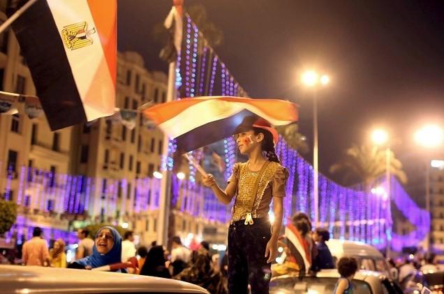 مصر تتصالح مع رموز الفساد لتسترد أموالها المنهوبة