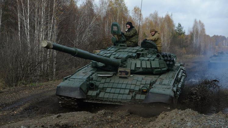 طلاء روسي يحول الدبابات إلى أشباح