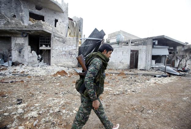 موسكو تنفي توريد أسلحة للأكراد في سوريا