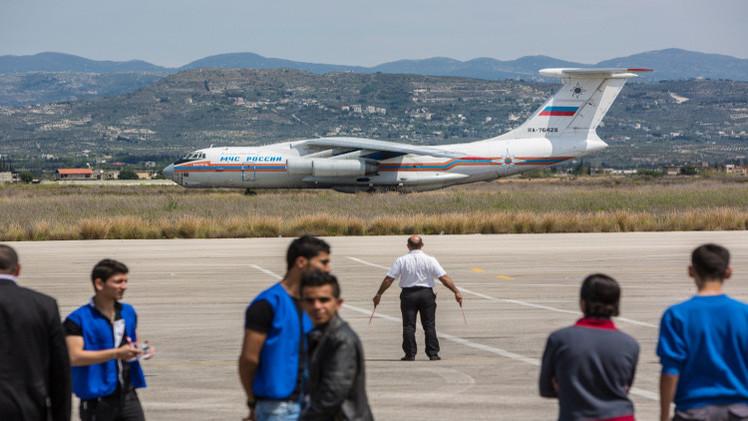 موسكو تؤكد استمرارها بتقديم المساعدات الإنسانية لسوريا ونقل الرعايا الروس الراغبين بمغادرتها (فيديو)