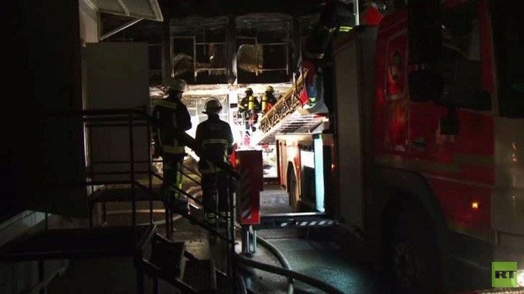 ألمانيا.. إضرام النار في 14 مسكنا بمركز لإيواء اللاجئين وسط هامبورغ (فيديو)
