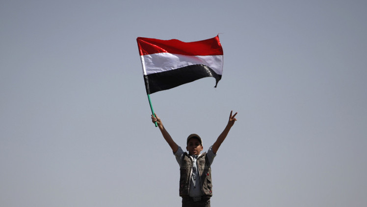 الحكومة اليمنية توافق على إجراء محادثات مع الحوثيين وصالح