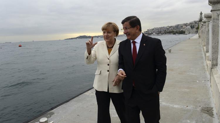 تركيا تعبر إلى الاتحاد الأوروبي على
