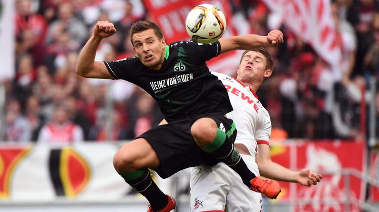 الدوري الألماني.. هانوفر يهزم كولن في معقله وشتوتغارت يترك ذيل الترتيب