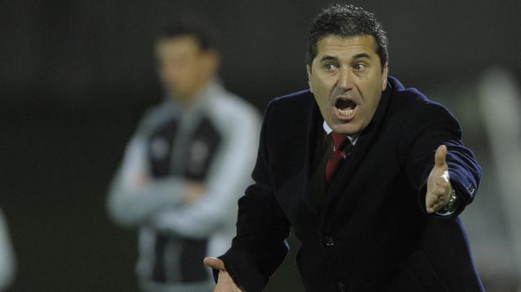 رسميا بيسيرو مدربا جديدا للأهلي المصري (صور)