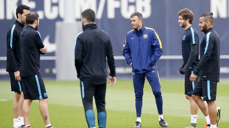التشكيلة الأساسية لبرشلونة ضد مضيفه باتي .. (فيديو)