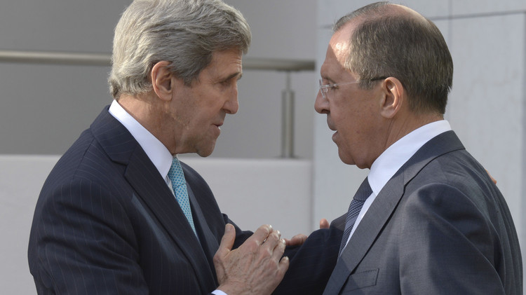 لافروف وكيري يحضّران الجمعة للقاء روسي-أمريكي-سعودي-تركي حول سوريا