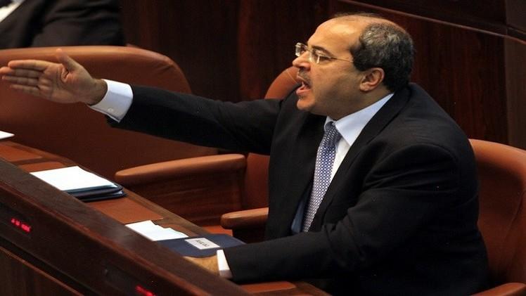 لأول مرة.. نائب عربي يطرد وزيرا إسرائيليا من الكنيست (فيديو)