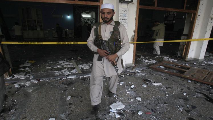 باكستان.. مقتل 11 شخصا بهجوم انتحاري داخل مسجد شيعي